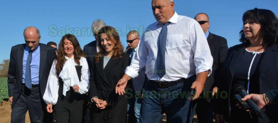 Борисов докара с джип американския посланик на трасе на газопровод