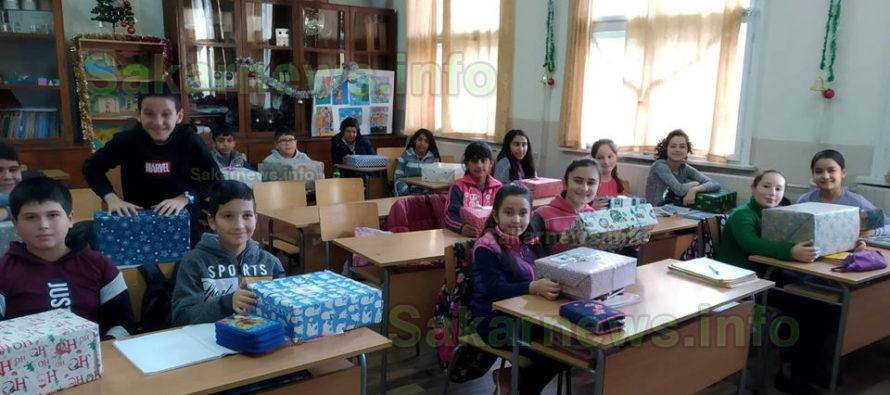 Ученици от четири села получиха подаръци от Германия