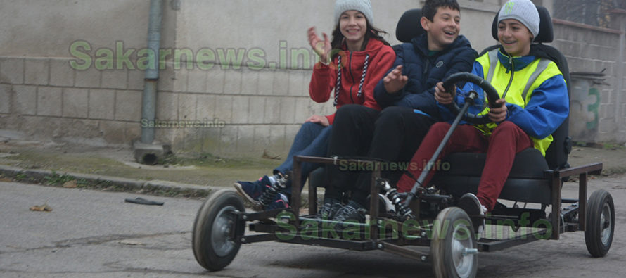 Седмокласник подкара  самоделен автомобил