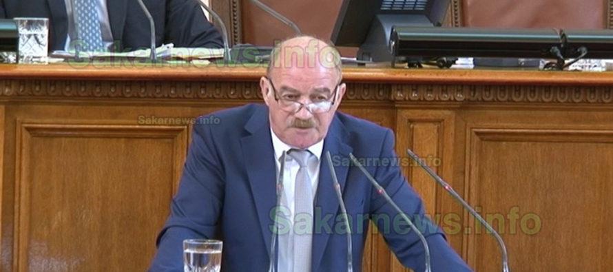 Депутатът Никола Динков пита министър  за изграждане на кръгово кръстовище