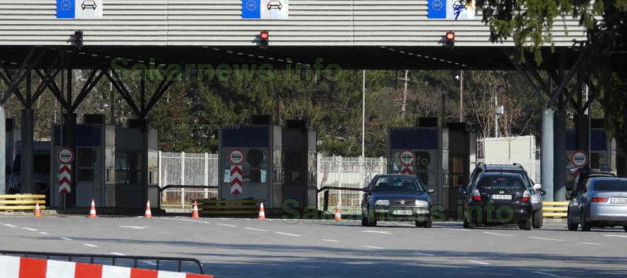 Край на пазаруването в Турция, затвориха границата