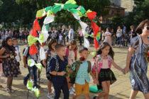 Празнично се откри новата учебна година в Тополовград