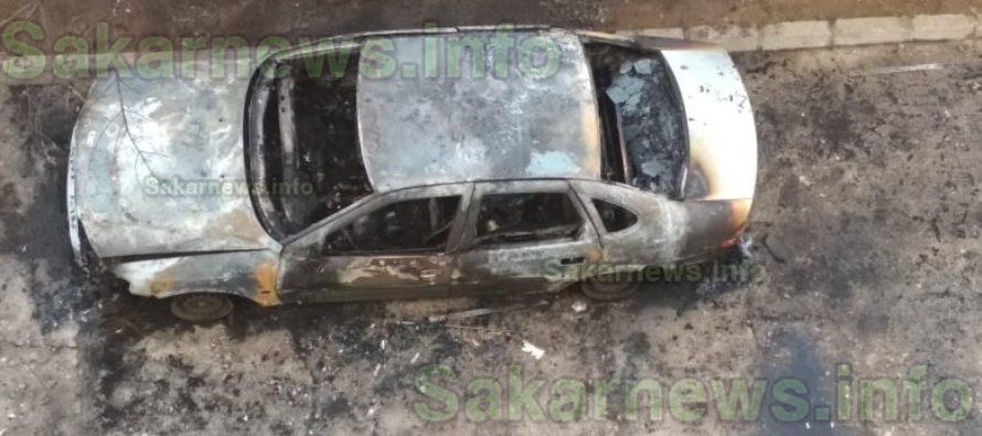 Кола изгоря рано тази сутрин