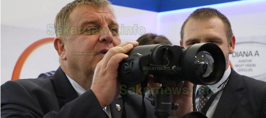 Каракачанов:  Процедурата за доставка на следващите 8 самолета Ф-16 предстои