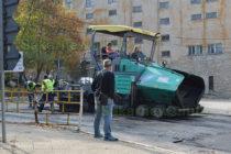 """Започнаха ремонт на """"Трети март"""" и някои други улици в Тополовград"""