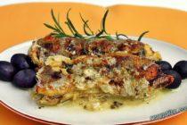 Риба с ароматни треви и маслини