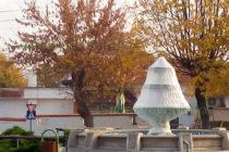 Зазимиха фонтаните в града и по селата