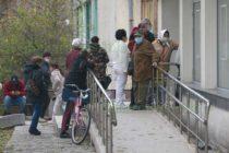 Социалната дистанция остана на втори план пред пенсиите