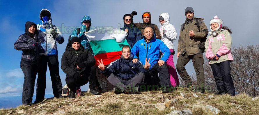 Най-високият връх на Гюмюрджински снежник бе покорен от ентусиасти