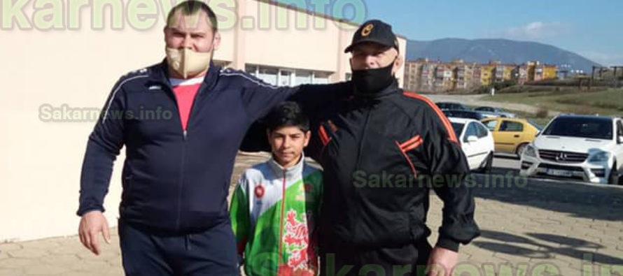Борец от Симеоновград завоюва сребърен медал