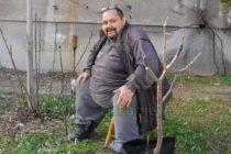 Дръвчета раждат различни плодове благодарение на  Георги Христозов