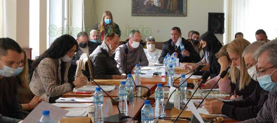 Кой и защо промени списъка за ремонти на улиците в община Тополовград?