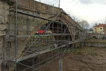 Кога е построен Сводестият мост в Харманли?