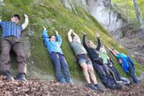 Планинари посетиха скални светилища в Родопите